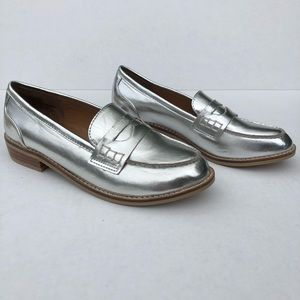 Steve Madden Cyylo Silver Leather Loafer Flat 6
